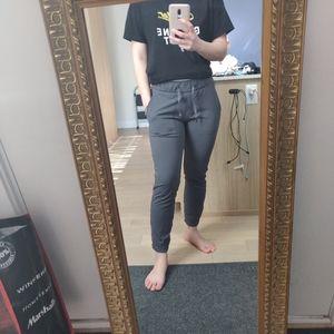 lululemon athletica Pants & Jumpsuits - Lululemon On the Fly Pants in Dark Shadow